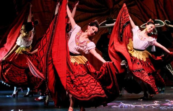 festival-folklórico-mexico-2015-culturabadajoz