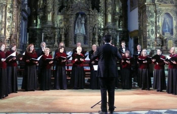 Coro-Amadeus-culturabadajoz