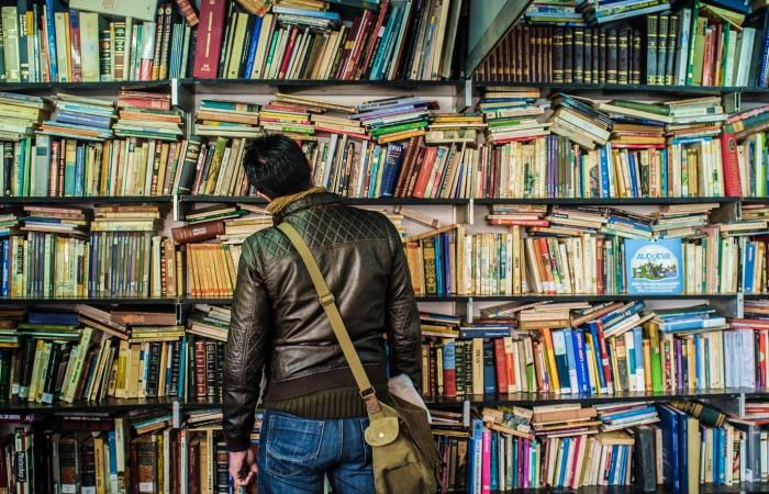 Feria del libro antiguo y de ocasión. Oto
