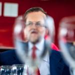 Rajoy.  Cambia su agenda en Badajoz huyendo de los Bomberos. Oto