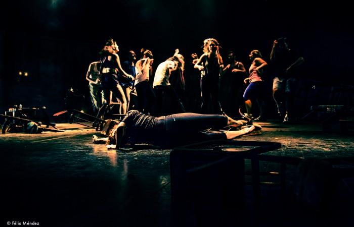 Danzad Malditos CB7