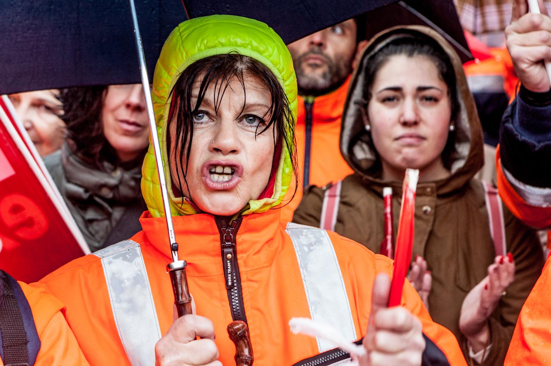 Trabajadores de la mina de Aguablanca. Manifestación contra el cierre. Oto